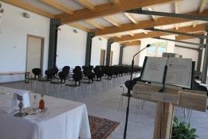 altare e leggio Centro di Comunità Madonna delle Grazie